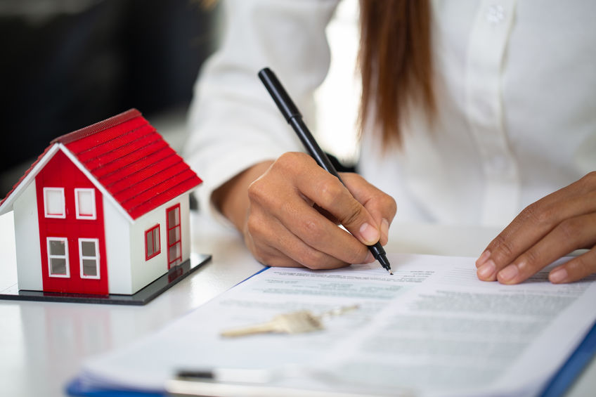 HOW TO SCREEN AND CHOOSE TENANTS IN MICHIGAN